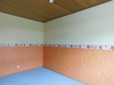 die mittlere Etage ist schon leer zwecks Verkiauf