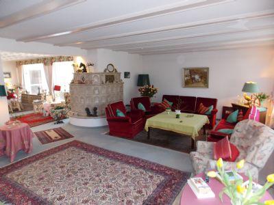 Wohnzimmer mit Blick zum Essbereich ca. 75 m²