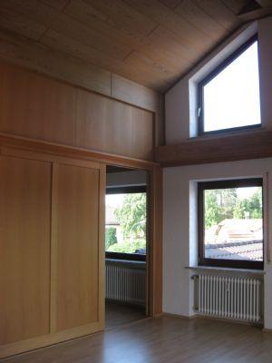Wohnzimmer Ri.Osten/Durchgang Schlafz./Büro...