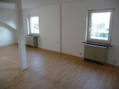 Gemütliche 2-Zimmer Single Wohnung in Frankfurt am Main