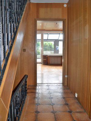reihenmittelhaus in der marienburger h he mit garage. Black Bedroom Furniture Sets. Home Design Ideas