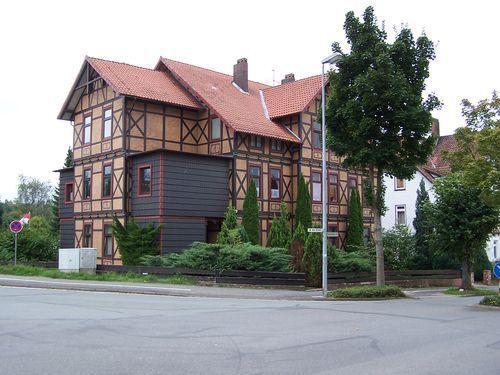 mehrfamilienhaus mit 8 wohneinheiten als bad gandersheim 3160fa60. Black Bedroom Furniture Sets. Home Design Ideas