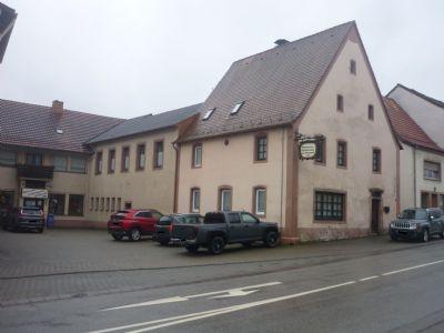 Schön renoviertes 1 - Familien Wohnhaus mit gewerblichen Anbau in Contwig