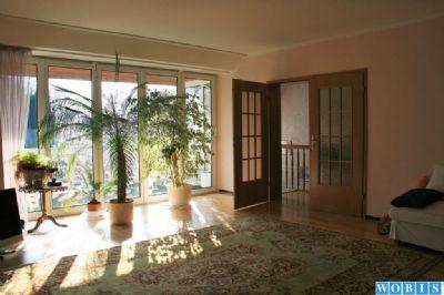 Wohnzimmer - Obergeschoss mit Balkon