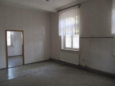 Zimmer im EG (ehemalige Meldestelle)