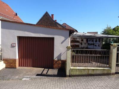 Garage / Carport