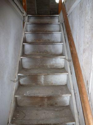 Bild 17 - Aufgang zum Spitzboden