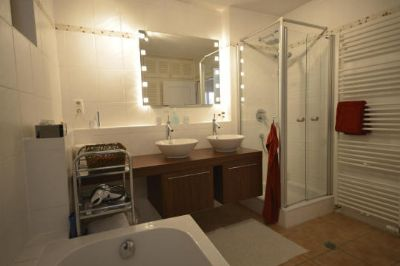 gem tliches fachwerkhaus ideal f r p rchen oder singles. Black Bedroom Furniture Sets. Home Design Ideas