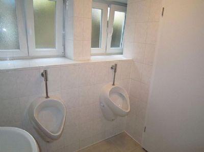Gaststätten-WC im UG