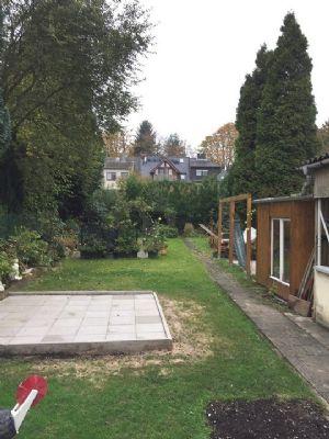 Garten mit 3 Terrassen