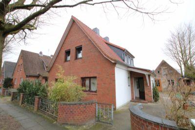 gemütliche Dachgeschosswohnung im Zweifamilienhaus