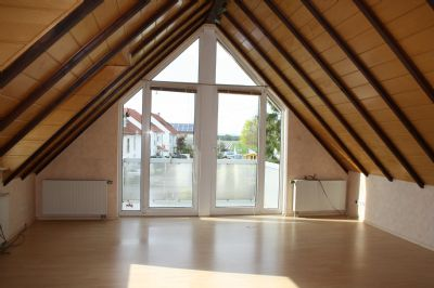 Gepflegte 4-Zimmer-Wohnung mit Balkon in Weiterstadt-Braunshardt