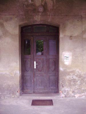 Die alte Eingangstür
