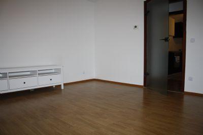 gro z gig geschnittene 3 5 raum wohnung mit gro er terrasse etagenwohnung essen 2a6n34n. Black Bedroom Furniture Sets. Home Design Ideas