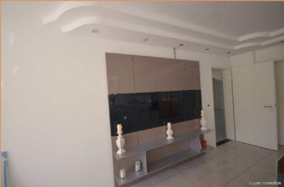 Hauptküche05-Fernsehwand