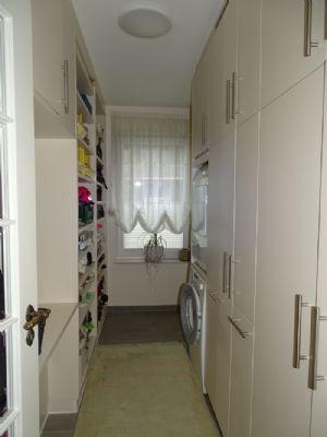 luxuri se 123 qm eg eigentumswohnung in top lage mit eigenem grundst cksanteil. Black Bedroom Furniture Sets. Home Design Ideas