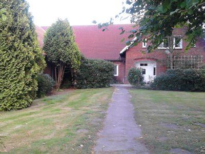 Saniertes Bauernhaus. Großzügiges Wohnen mit Terrasse und Garten - 9 Zi. auf 2 Ebenen in Twistringen