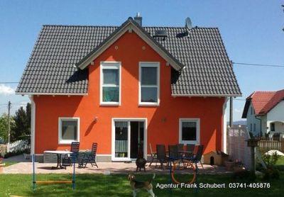 wohnen auf einer ebene ausgefallene architektur einfamilienhaus plauen 2bmnn4w. Black Bedroom Furniture Sets. Home Design Ideas