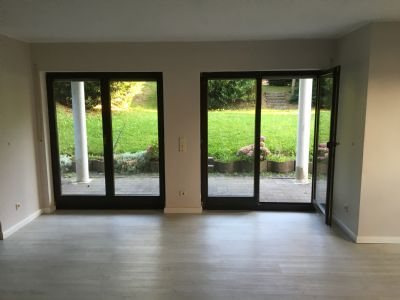 gem tliche helle 4 zimmer wohnung mit terrasse zum garten terrassenwohnung m lheim k rlich. Black Bedroom Furniture Sets. Home Design Ideas