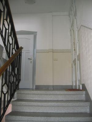 2 Treppenhaus