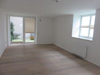 top sanierte 2 zimmerwohnung direkt in der altstadt von n rdlingen wohnung n rdlingen 2awu64u. Black Bedroom Furniture Sets. Home Design Ideas