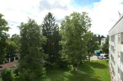Endlich!! Die Eigenen vier Wände!! Ideal aufgeteilte und helle 3 Zimmer Wohnung in schöner Lage von Unterhaching
