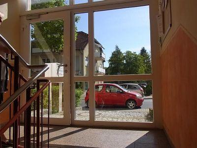 1 raum single wohnung mit fussbodenheizung in einem gepflegten neubau in kleinzschachwitz. Black Bedroom Furniture Sets. Home Design Ideas