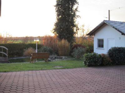 Abendstimmung im Vorgarten