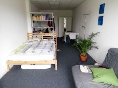 Zimmer (Vermietung erfolgt ohne Möblierung)