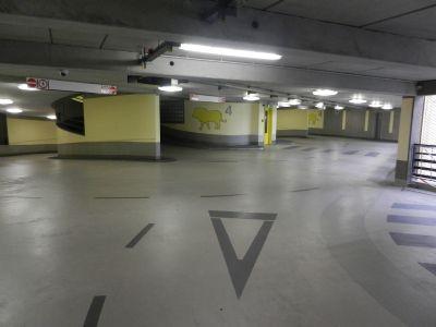 parken im zentrum berlins ihr freundliches parkhaus zwischen ku 39 damm und zoo tiefgarage. Black Bedroom Furniture Sets. Home Design Ideas