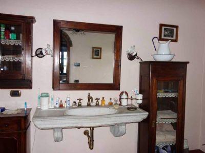 saniertes bauernhaus in typisch toskanischem stil casale marittimo toskana bauernhaus casale. Black Bedroom Furniture Sets. Home Design Ideas