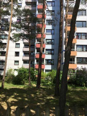 Griesheim Darmstadt 3 Zimmer WE Küche, Bad, WC, Balkon 2.OG. im 12 gesch. Hochhaus