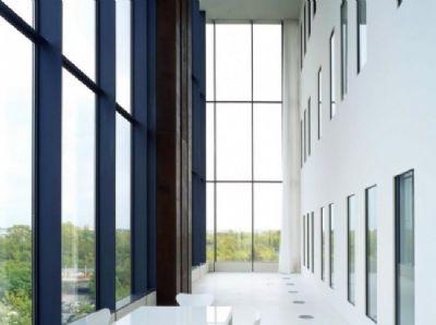 b roraum mit 65 m im airgate provisionsfrei f r den mieter b rohaus d sseldorf 2adkn4p. Black Bedroom Furniture Sets. Home Design Ideas