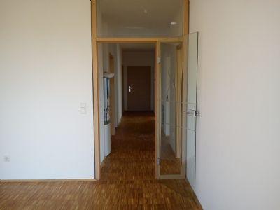 Tür vom Wohnzimmer in den  Flur
