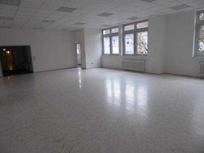 Schwitz Immobilien Kehl geschäftsräume in der kehler fußgängerzone büro-/praxisfläche kehl