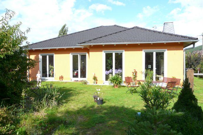 bungalow winkelbungalow individuelle gr en und raumaufteilungen einfamilienhaus gera 2p96r3z. Black Bedroom Furniture Sets. Home Design Ideas