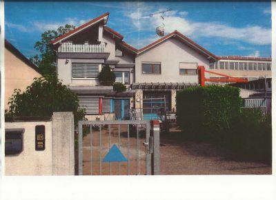 Gewerbeimmobilie mit Werkshallen, Sozialräumen (262m²) und gehobener Wohnmöglichkeit auf 223m² Wohnfläche