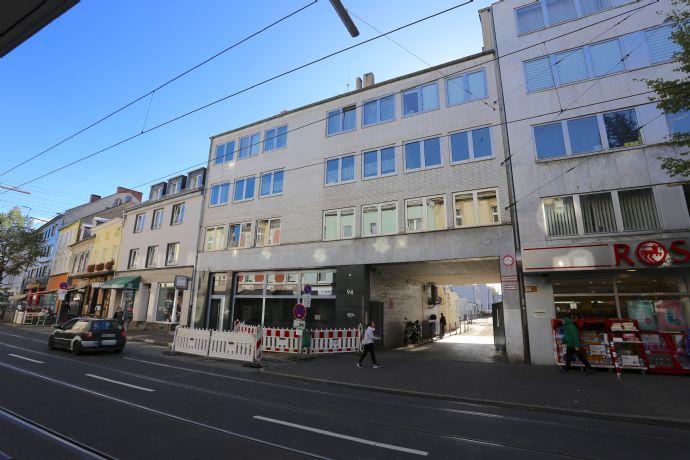 Top Ausgestattete Büropraxisfläche In Fußgängerzone Von Düsseldorf