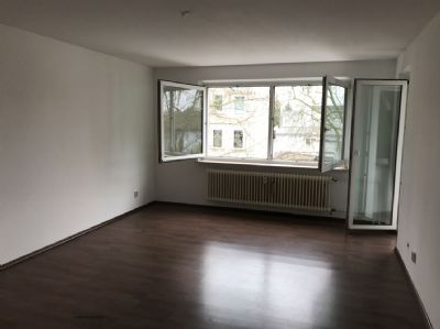 Ab sofort!! Schöne gut geschnittene 3 Zimmer Wohnung zum Wohlfühlen