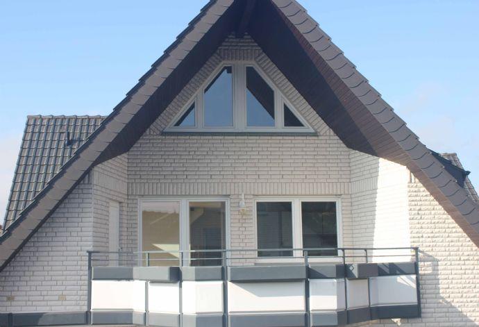 sonnige maisonettewohnung mit gro em balkon wohnung. Black Bedroom Furniture Sets. Home Design Ideas