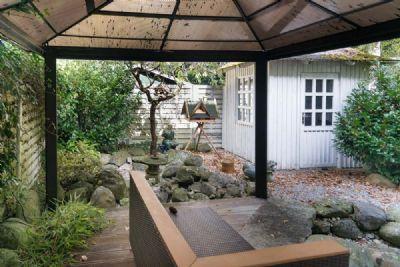 Garten und Schuppen vor der Haustüre