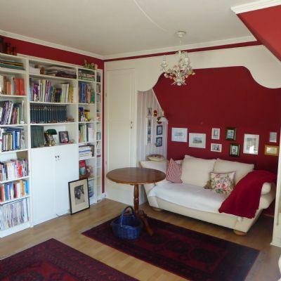 kr ger immobilienservice niveauvolle 3 zimmer. Black Bedroom Furniture Sets. Home Design Ideas