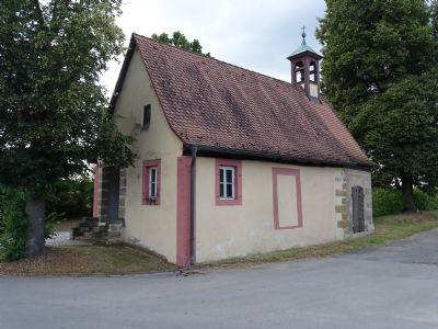 Historisches Gebäude am Ortseingang