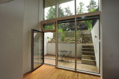 ruhige atelier maisonette wohnung mit kaminanschluss. Black Bedroom Furniture Sets. Home Design Ideas