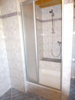 EG: Bad - extragroße Dusche