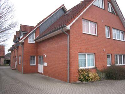 Syke Stadt / Zentrum –3 Zi. Wohnung  mit Stellplatz /  kl. Anlg. mit 8 Wohneinheiten