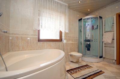 Das Badezimmer im EG_02