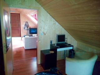 Blick auf Wohnzimmer vom SZ im OG