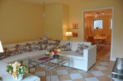 luxus villa im toskana stil von privat traumhaftes grundst ck am hamburger stadtrand villa. Black Bedroom Furniture Sets. Home Design Ideas