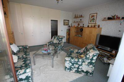 eigentumswohnung mit balkon etagenwohnung b sum 2ezhq4z. Black Bedroom Furniture Sets. Home Design Ideas